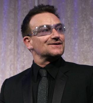 U2 desmiente que su cantante Bono esté en el hospital
