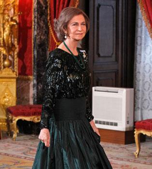 La Reina Sofía cancela su viaje a Londres por culpa de Gibraltar