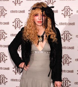 Courtney Love, viuda de Kurt Cobain, se convierte en pintora