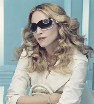 Le Pen demanda y exige a Madonna un millón de dólares por el montaje de la esvástica