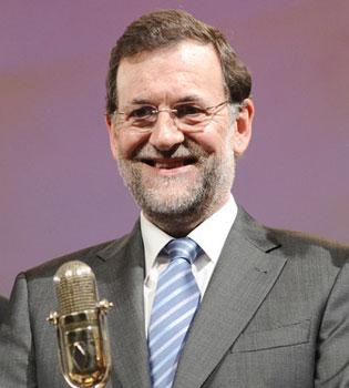 La importancia del inglés: Rajoy se convierte en el primer ministro de las Islas Salomón y ni se entera