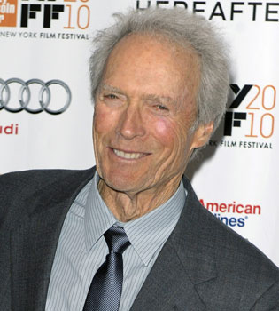 Clint Eastwood sorprende al mundo con una original performance política