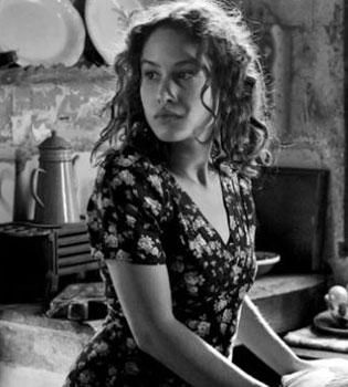 La película española de los Oscar: El artista y la modelo, Blancanieves o Grupo 7