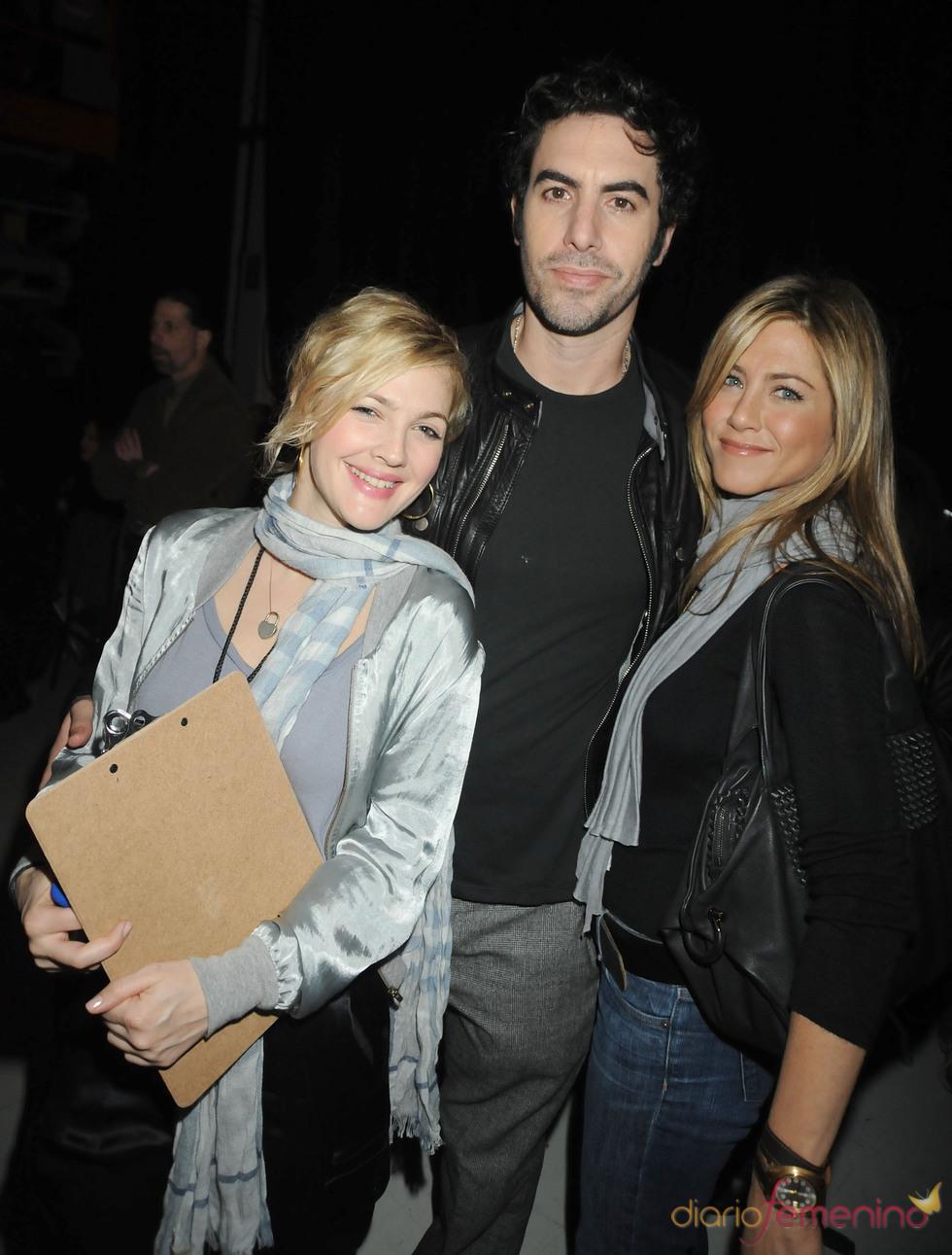 Drew Barrymore, Sacha Baron Cohen y Jennifer Aniston