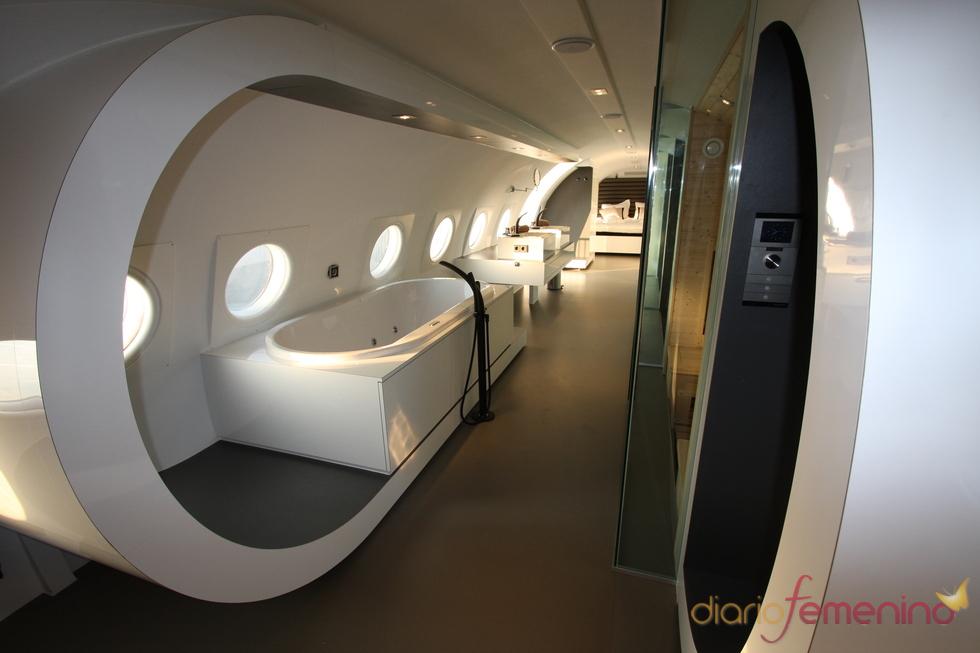 Baño Relajante Jacuzzi:Bathroom Inside Luxury Airplanes
