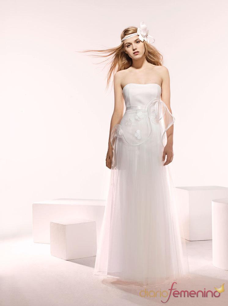 Nueva Moda Paris - Suzanne Ermann 2010 - Vestidos de Novia -  Modelo Argentine