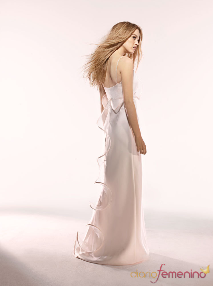 Vestidos de novias - Nueva Moda Paris Francia - Modelo Agathe