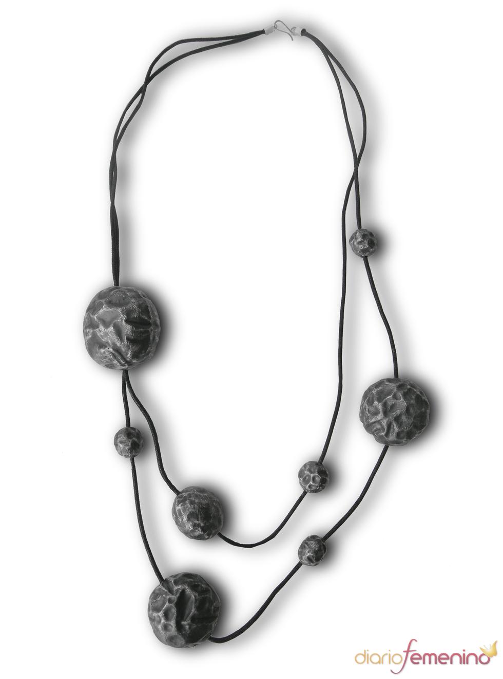 Collar Tanit