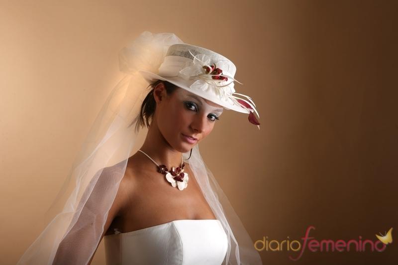 Sombreros de novia