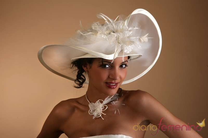 Fotos de sombreros para novias