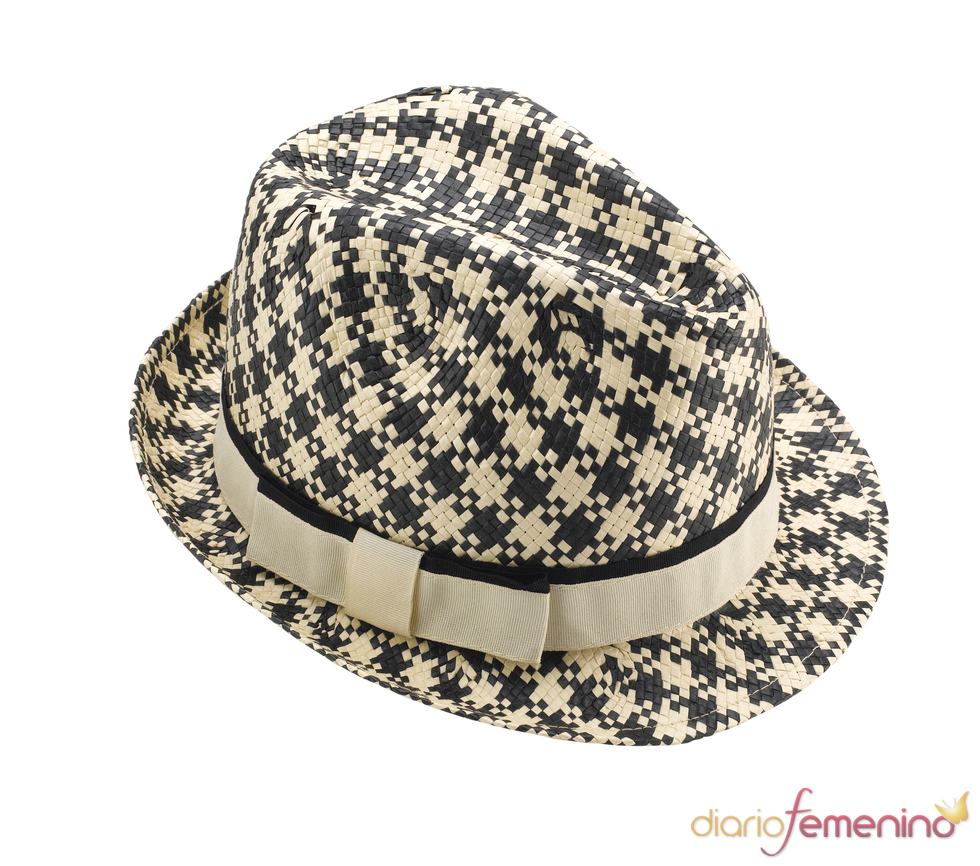 Dogtooth Trilby