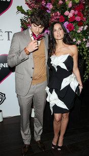 Ashton Kutcher y Demi Moore en estreno de Historias de San Valentín