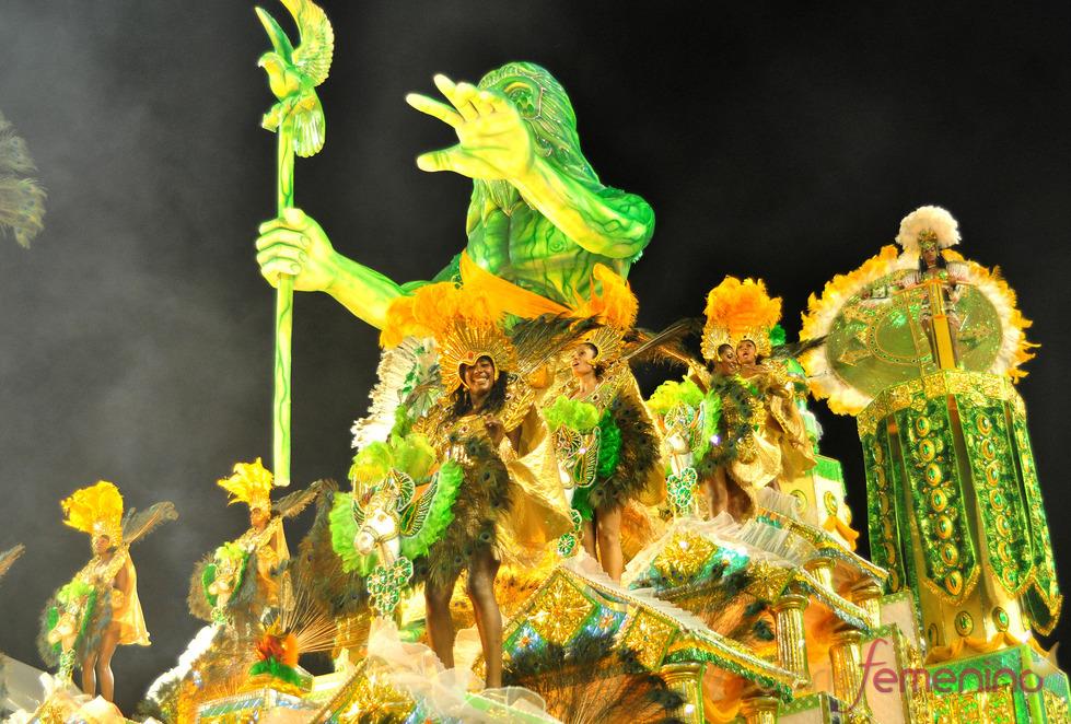 Carnaval Brasil 2010: Escuela Camisa verde