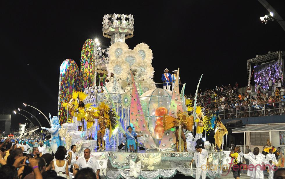 Carnaval Brasil 2010: Escuela Nene de Vila