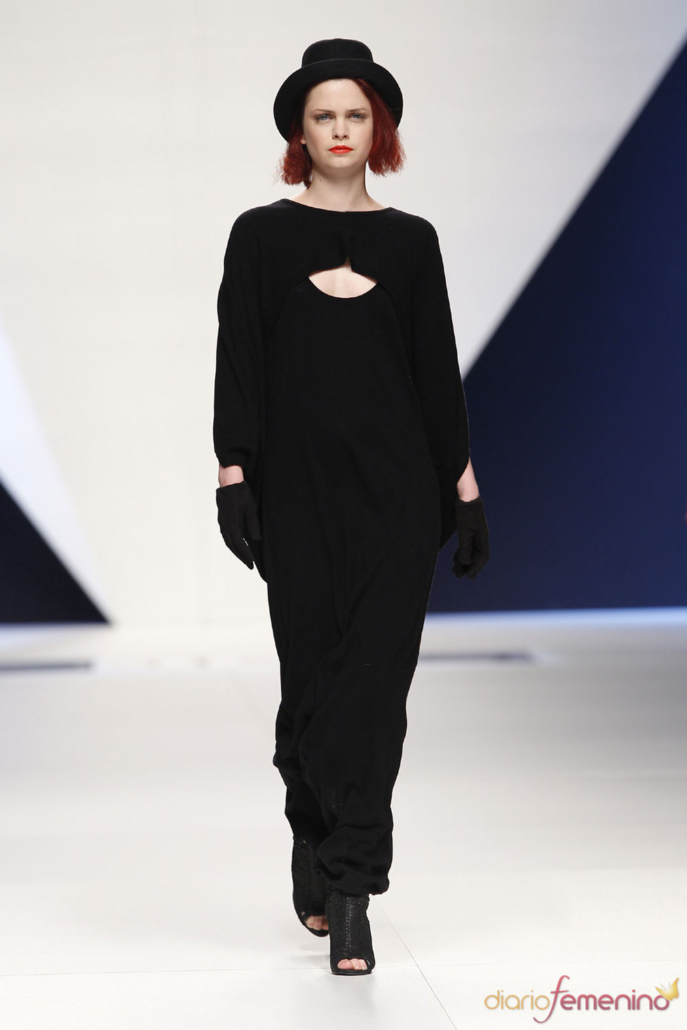 Anjara - Moda en negro - Cibeles Fashion Week 2010