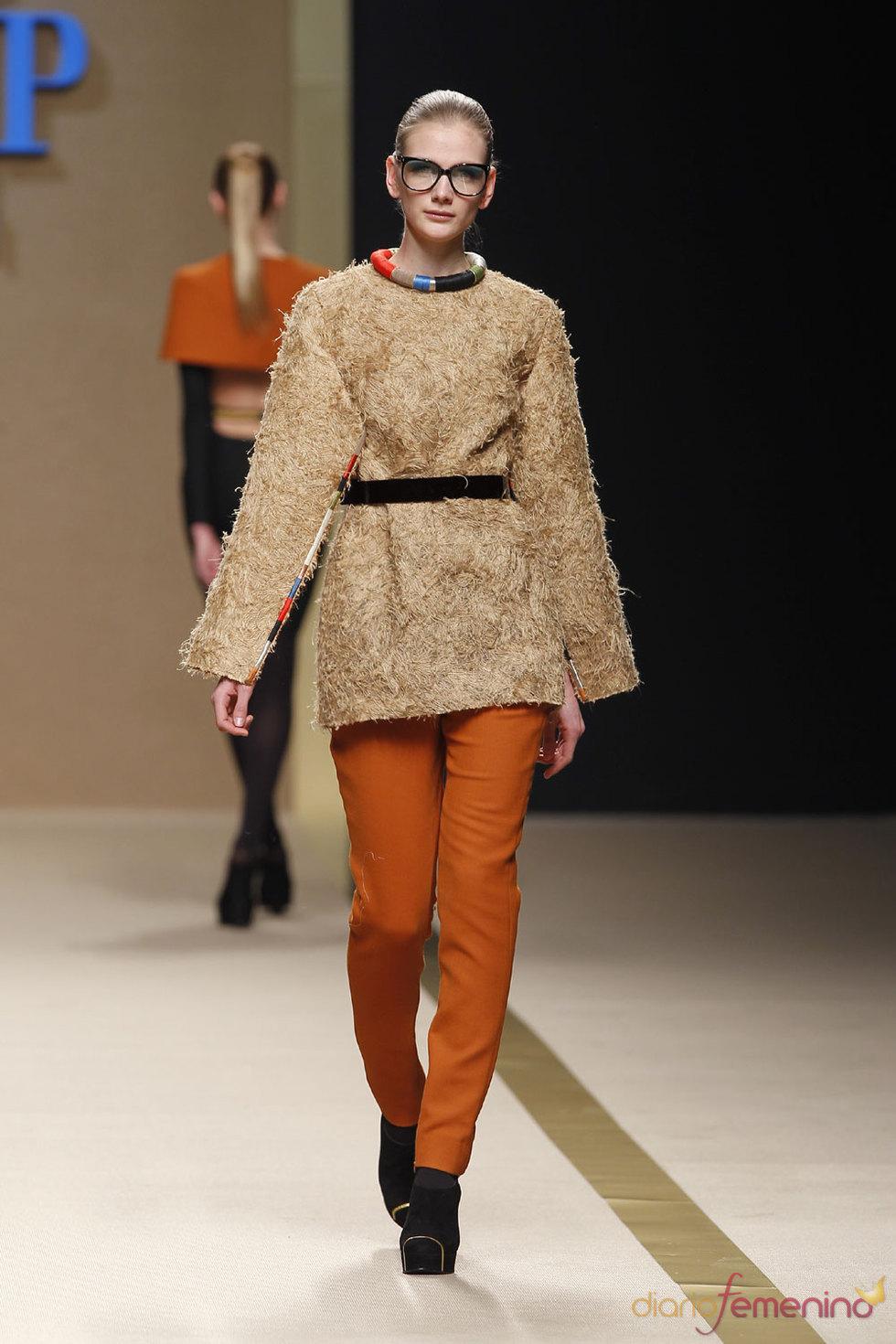 Moda femenina 2010 - Jesús del Pozo - Cibeles Fashion Week
