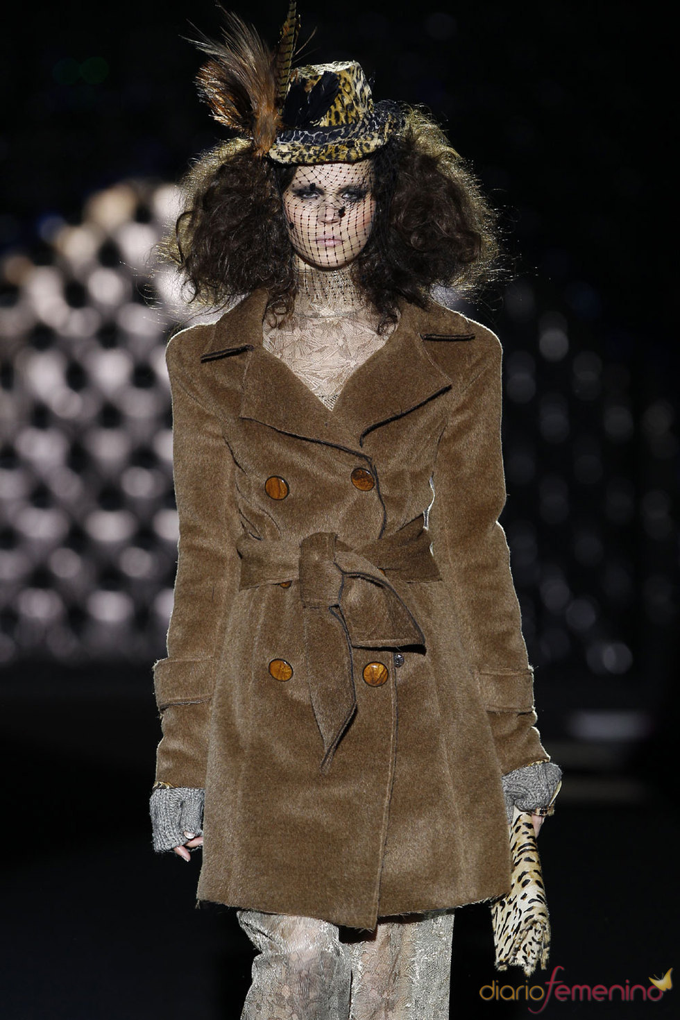 Abrigo femenino de Roberto Verino en Cibeles 2010