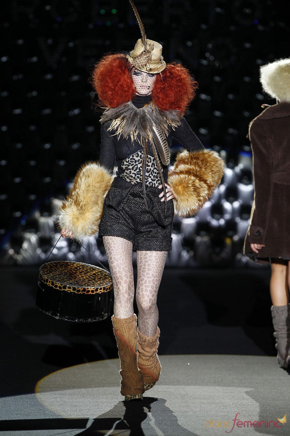 Glamour y elegancia de París en Cibeles 2010