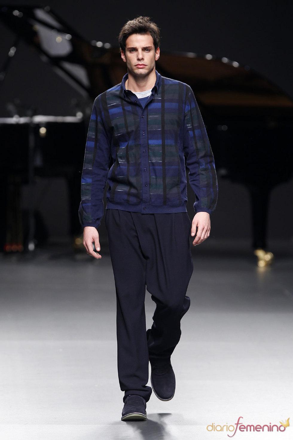 Moda masculina de Adolfo Domínguez en la Pasarela Cibeles 2010