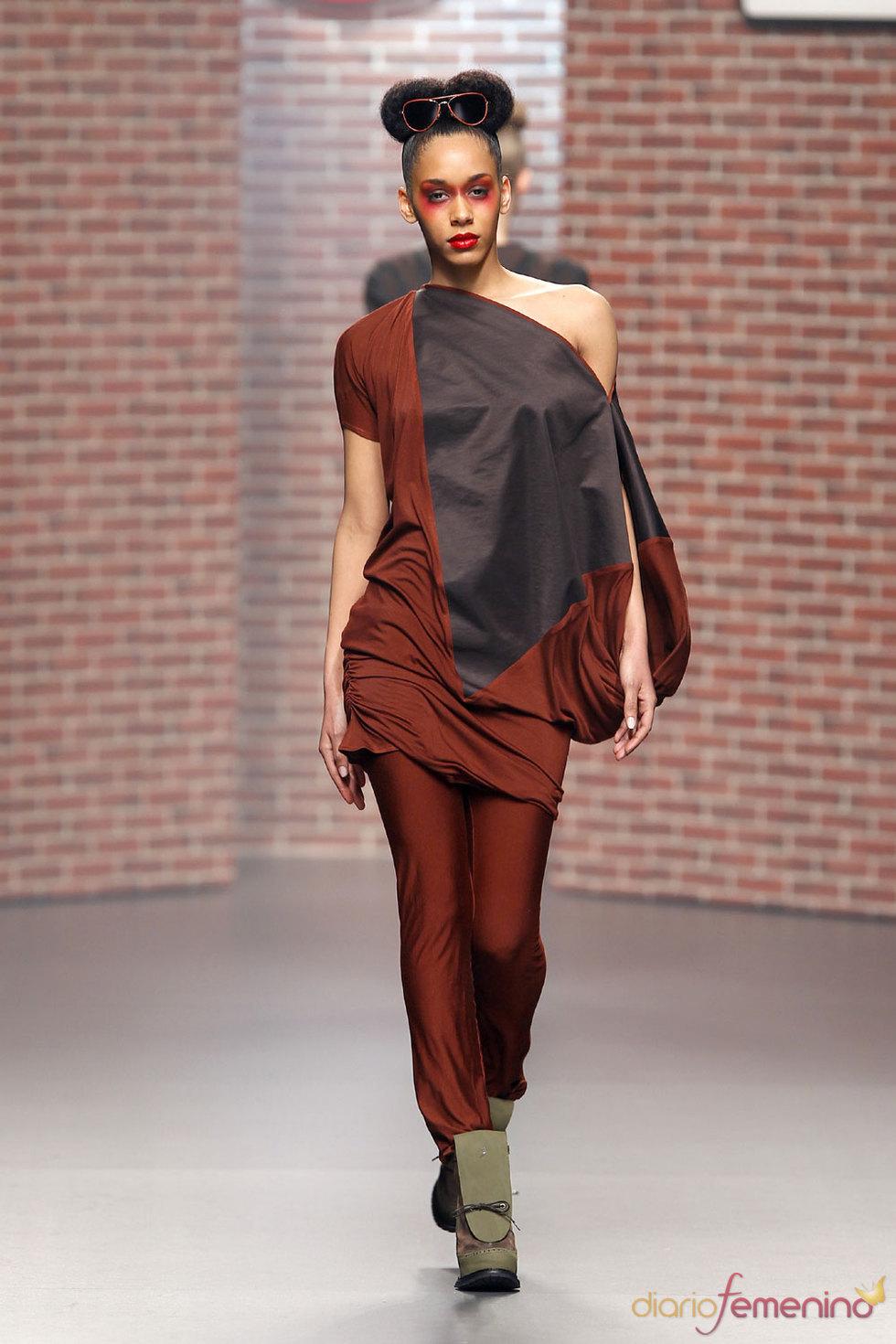 Moda Mujer - Antonio Alvarado 2010-2011