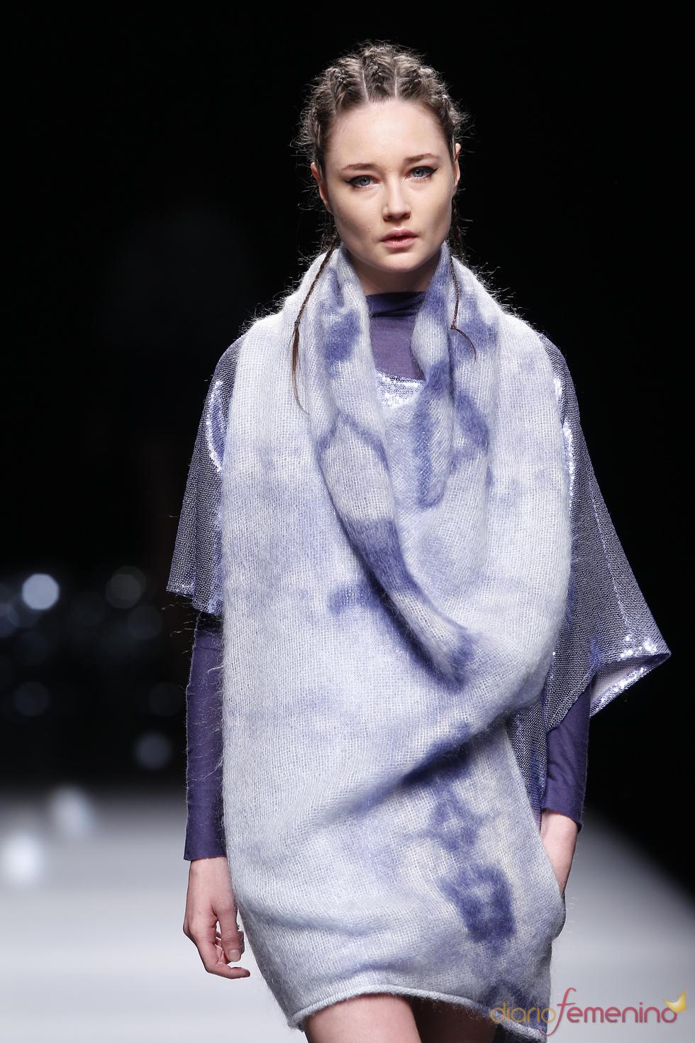 Cibeles 2010: poncho de José Miró