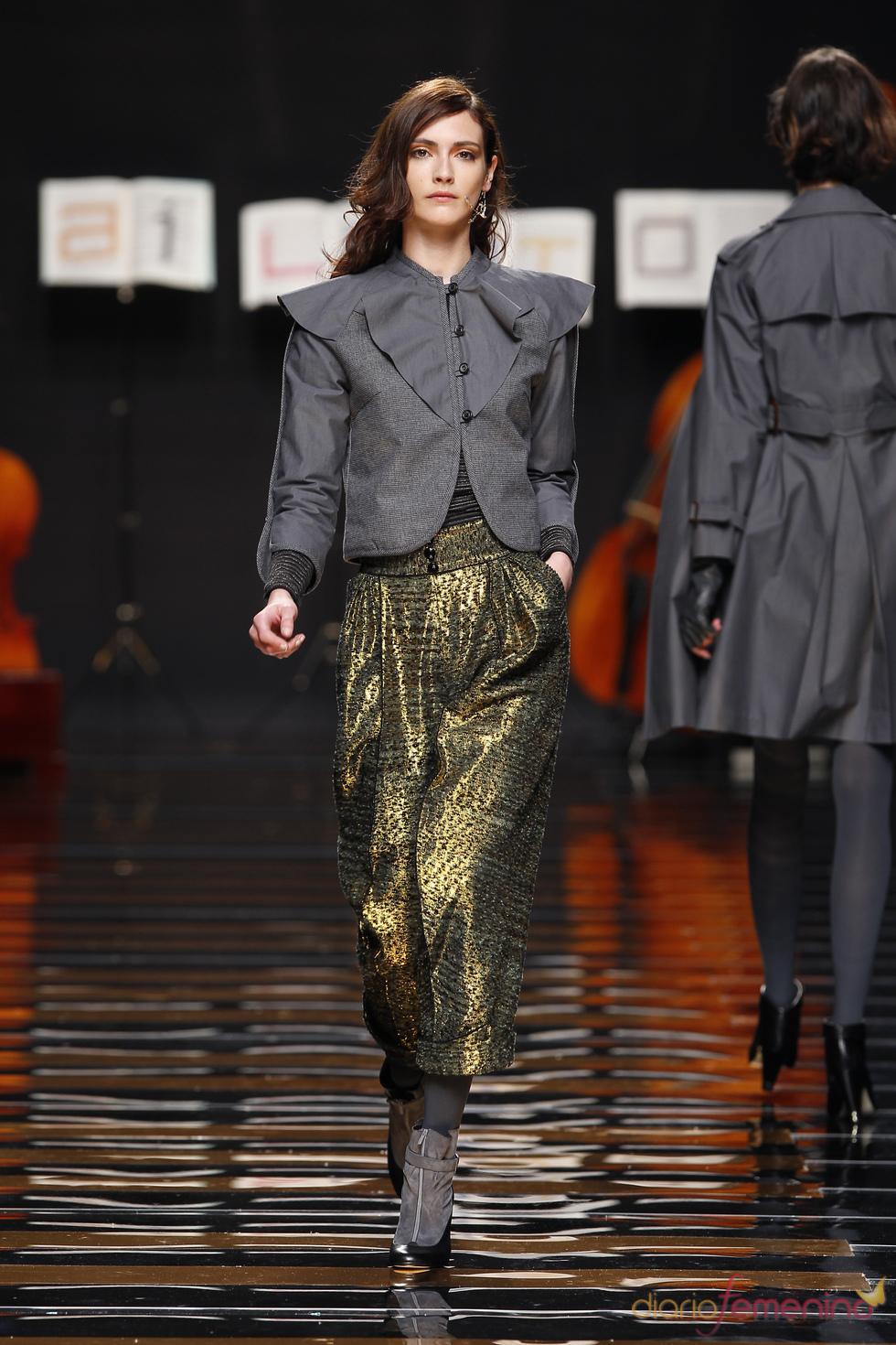 Ailanto viste a la mujer en Cibeles Madrid Fashion Week 2010