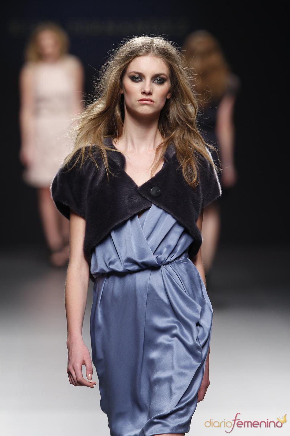 Vestido azul de Kina Fernández