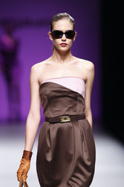 Javier Larrainzar: mujeres vanguardistas, sofisticadas y elegantes