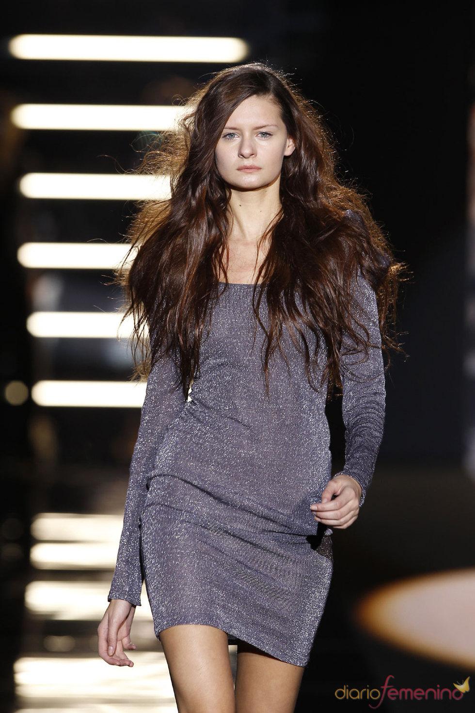 Vestido corto de Sita Murt - Pasarela Cibeles 2010