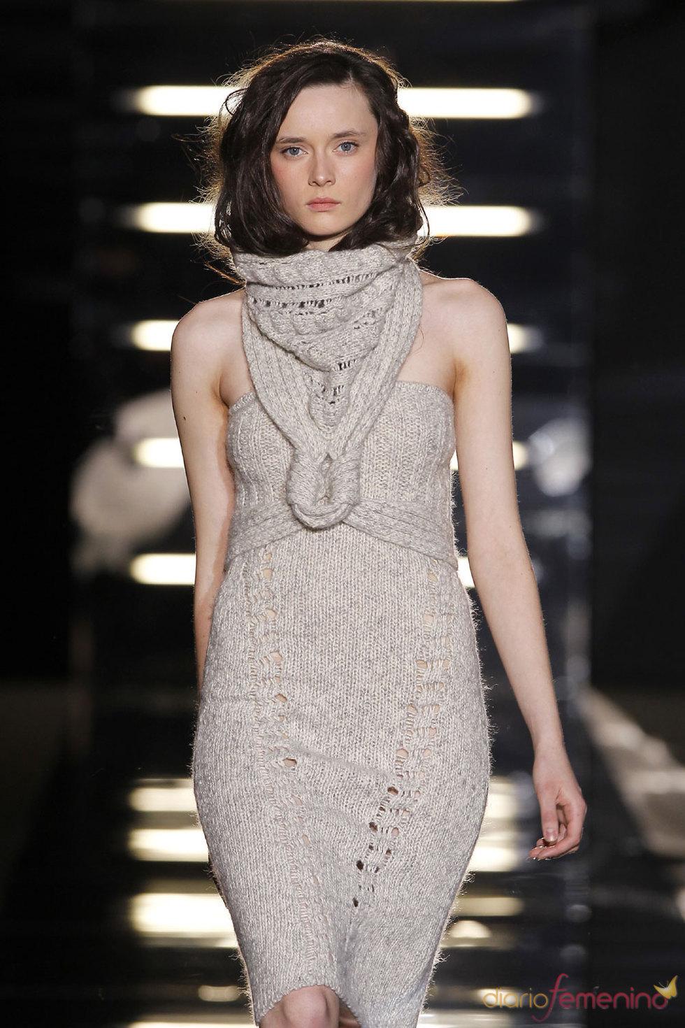 Vestido de tricot de Sita Murt - Pasarela Cibeles 2010