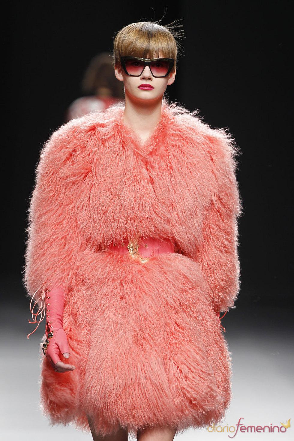 Abrigo de María Escoté - Cibeles Fashion Week 2010