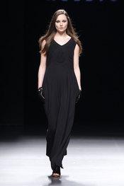 Vestidos de la colección de Teresa Helbig en Cibeles 2010