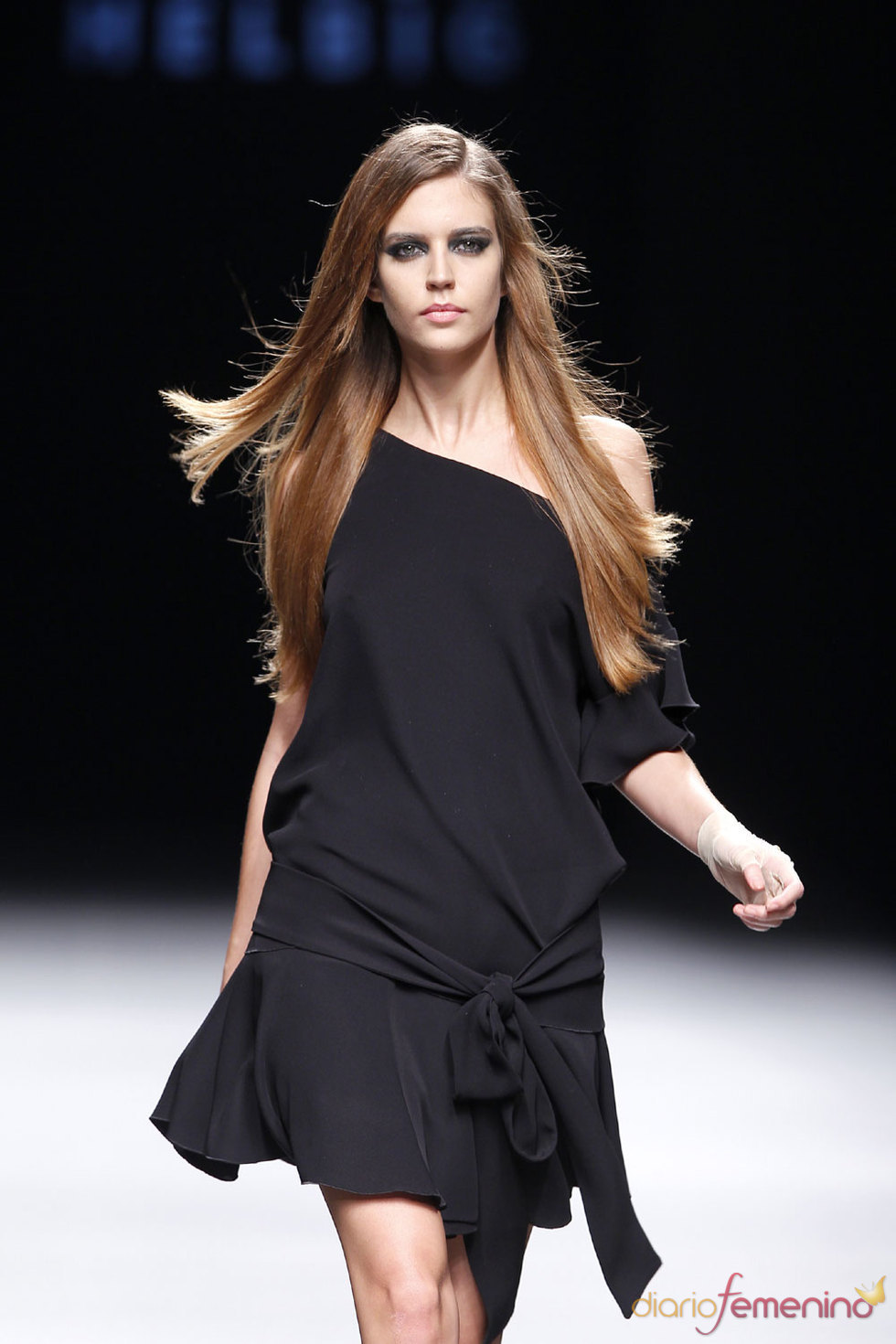 Moda Otoño Invierno - Vestido corto negro de Teresa Helbig