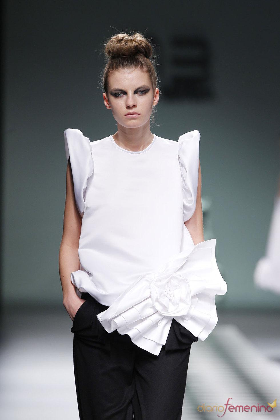 La colección de la diseñadora gallega María Barros para el Otoño-invierno 2010-2011