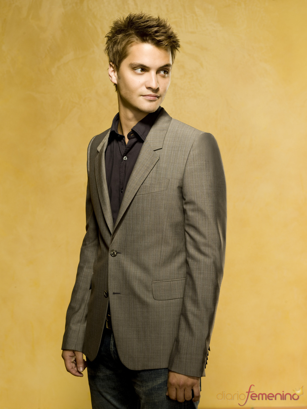 Luke Grimes, guapo de Hollywood