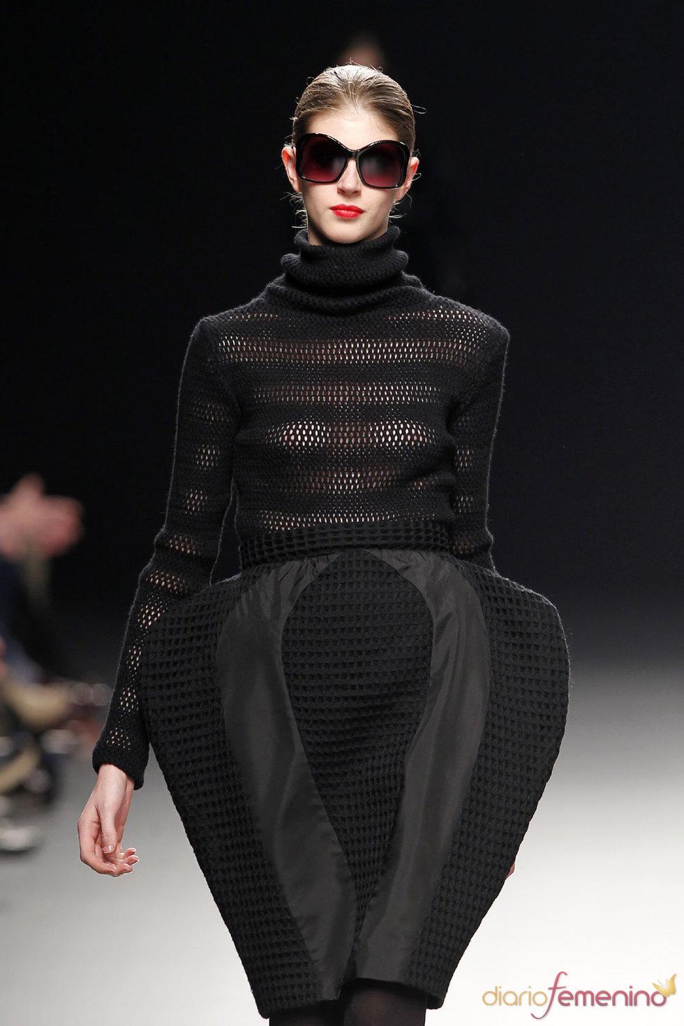 Vestido negro para la noche de Juana Martín