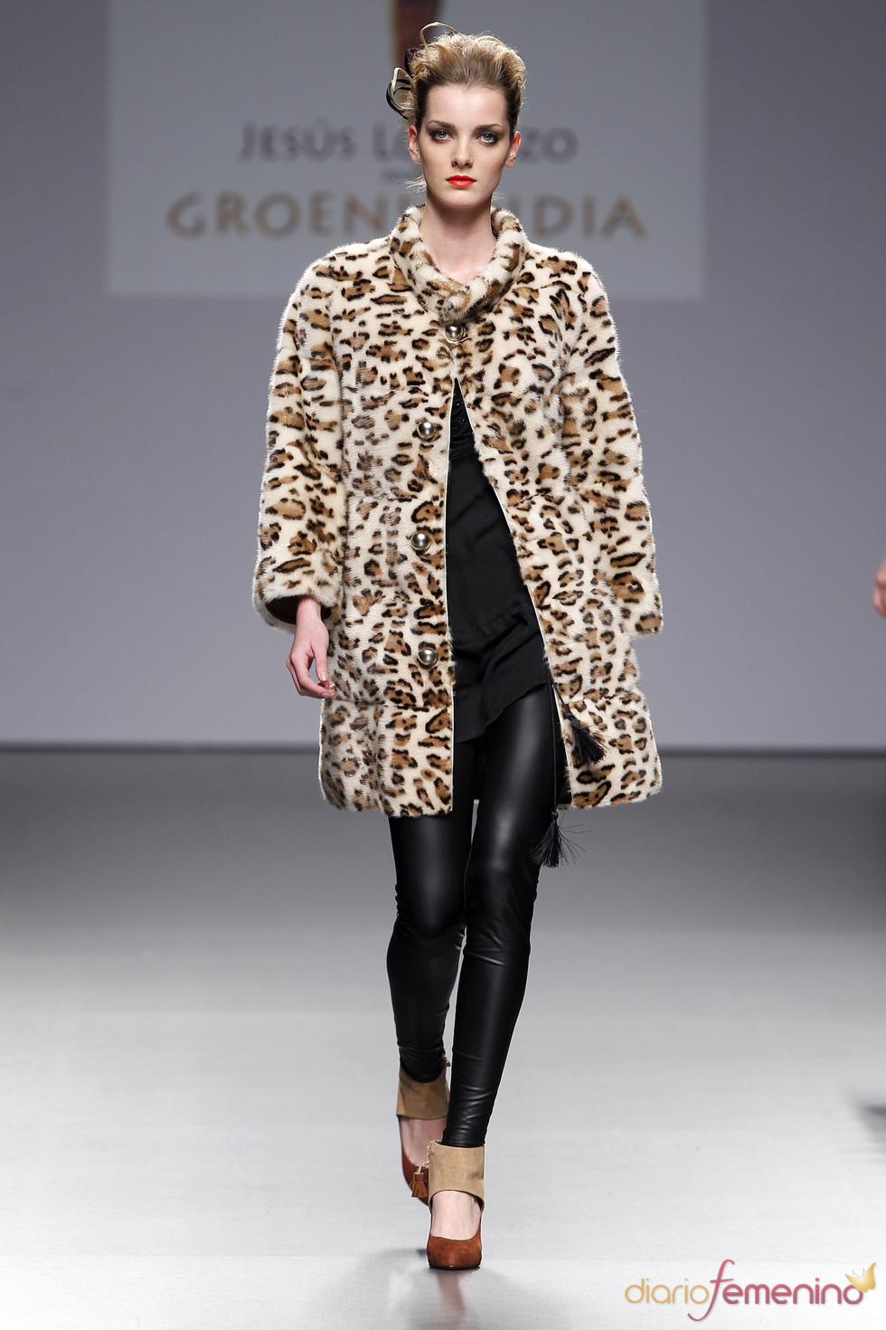 Abrigo de leopardo de Jesús Lorenzo