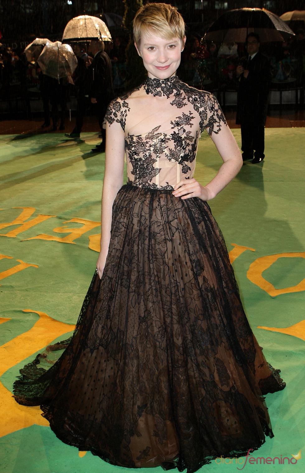 Mia Wasikowska en la première de 'Alicia'