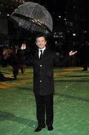 Michael Sheen en la estreno de 'Alice'