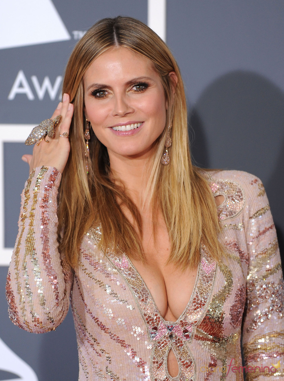 Heidi Klum, luciendo anillo tamano XXL
