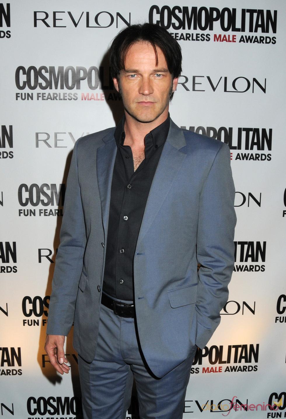Stephen Moyer en los Premios Cosmo 2010