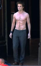 Robert Pattinson en una escena de 'Luna Nueva'