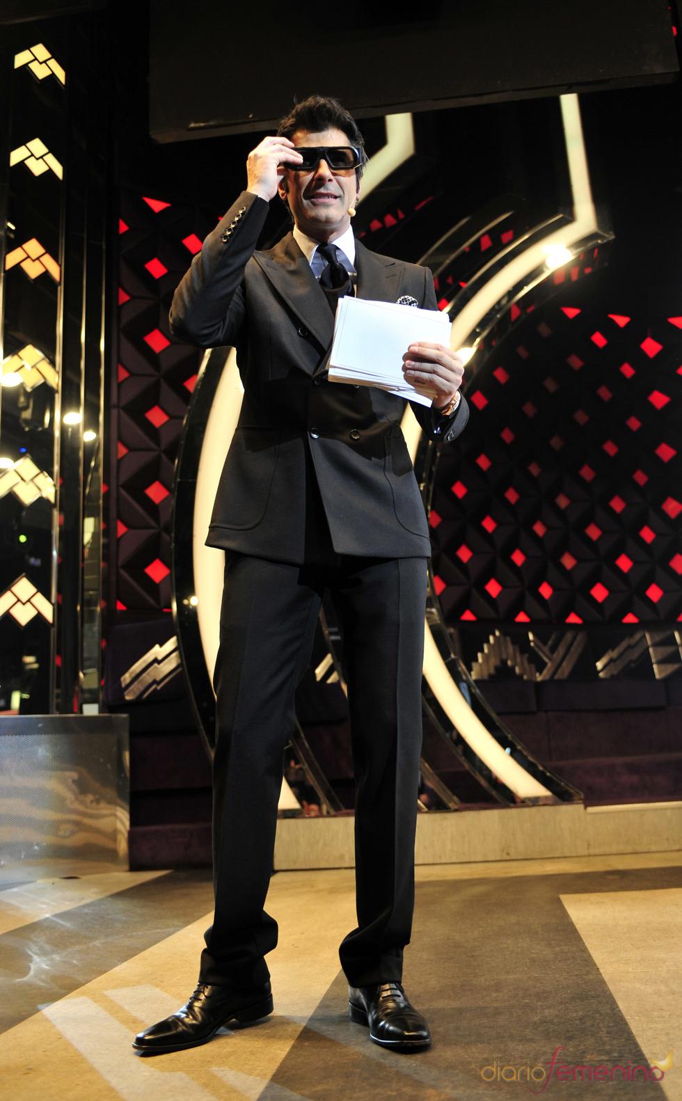 Jorge Fernández, dando los Premios TP de Oro 2009