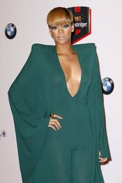 Rihanna en los Premios Echo 2010