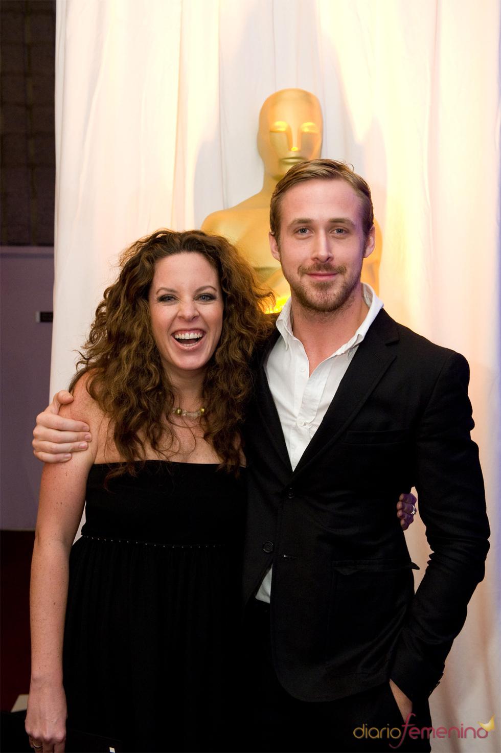 Claudia Llosa y Ryan Gosling en los Oscars 2010