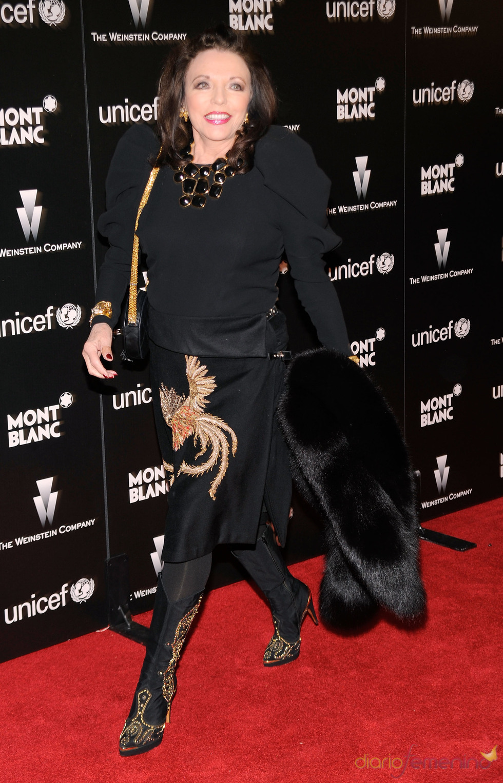 Joan Collins en la fiesta previa a los Oscars 2010