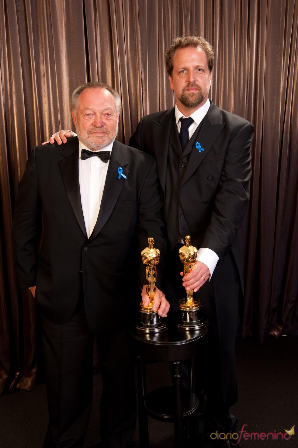 Tivi Magnusson y Joachim Back con su Oscar 2010