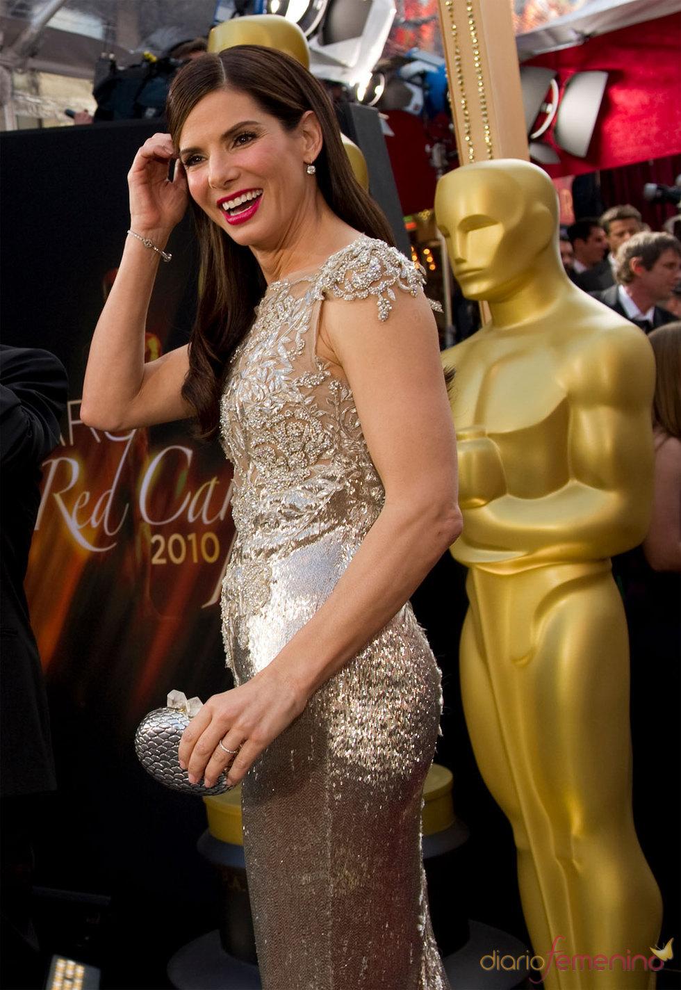 Sandra Bullock en la Alfombra Roja de los Oscars 2010