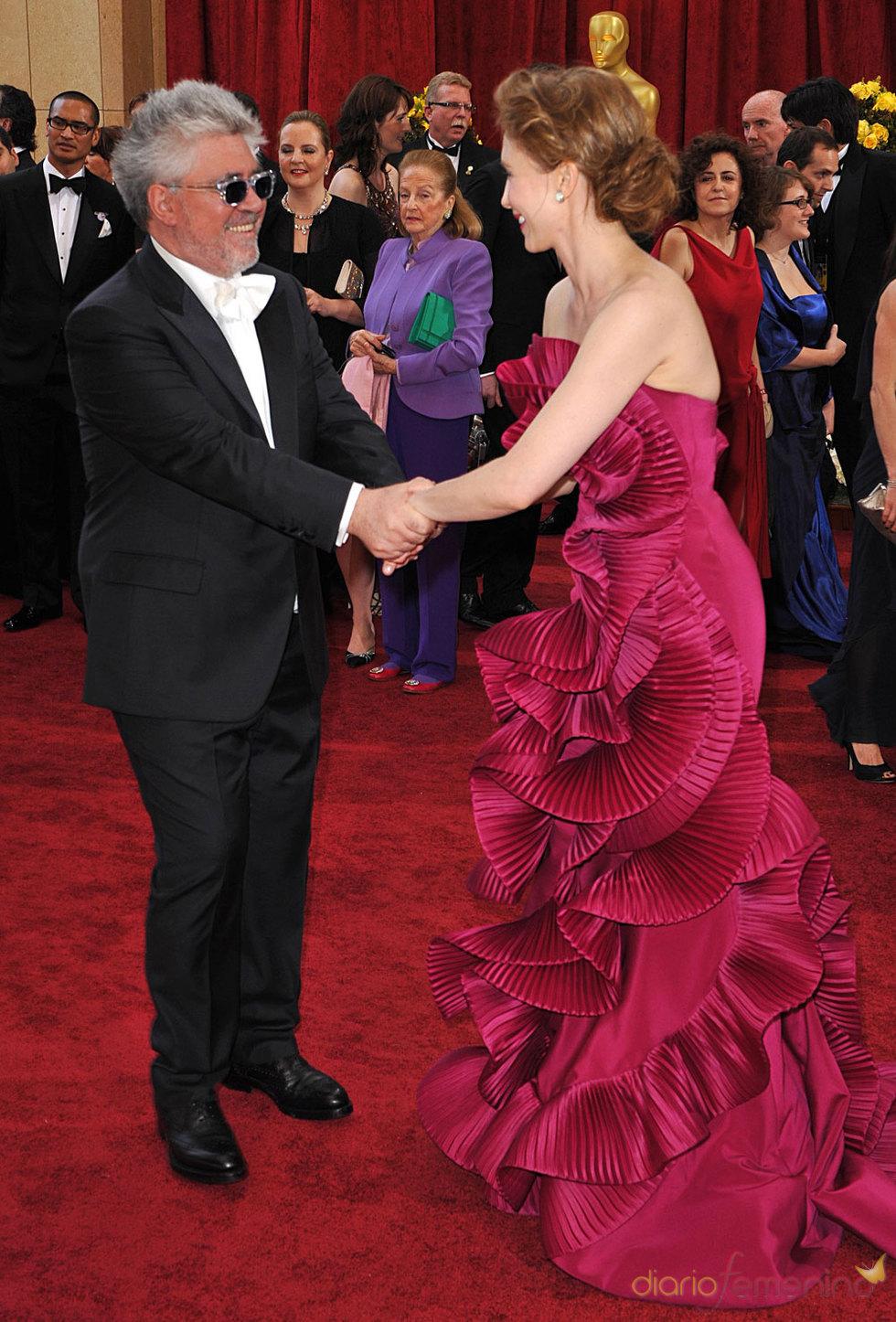 Pedro Almodóvar en la Alfombra Roja de los Oscars 2010