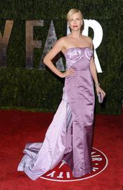 Charlize Theron en la fiesta Vanity Fair Oscar 2010